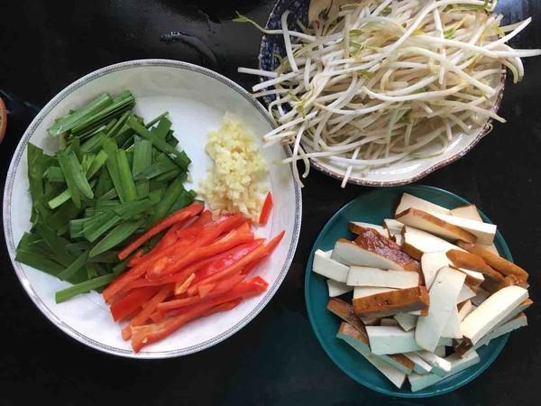 韭菜豆芽炒香干的做法大全
