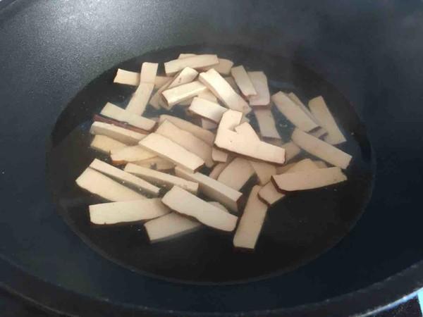 韭菜豆芽炒香干的做法图解