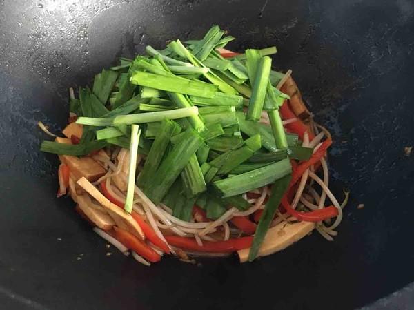 韭菜豆芽炒香干怎么做
