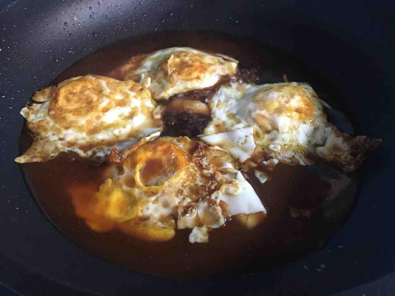 糖醋荷包蛋怎么吃