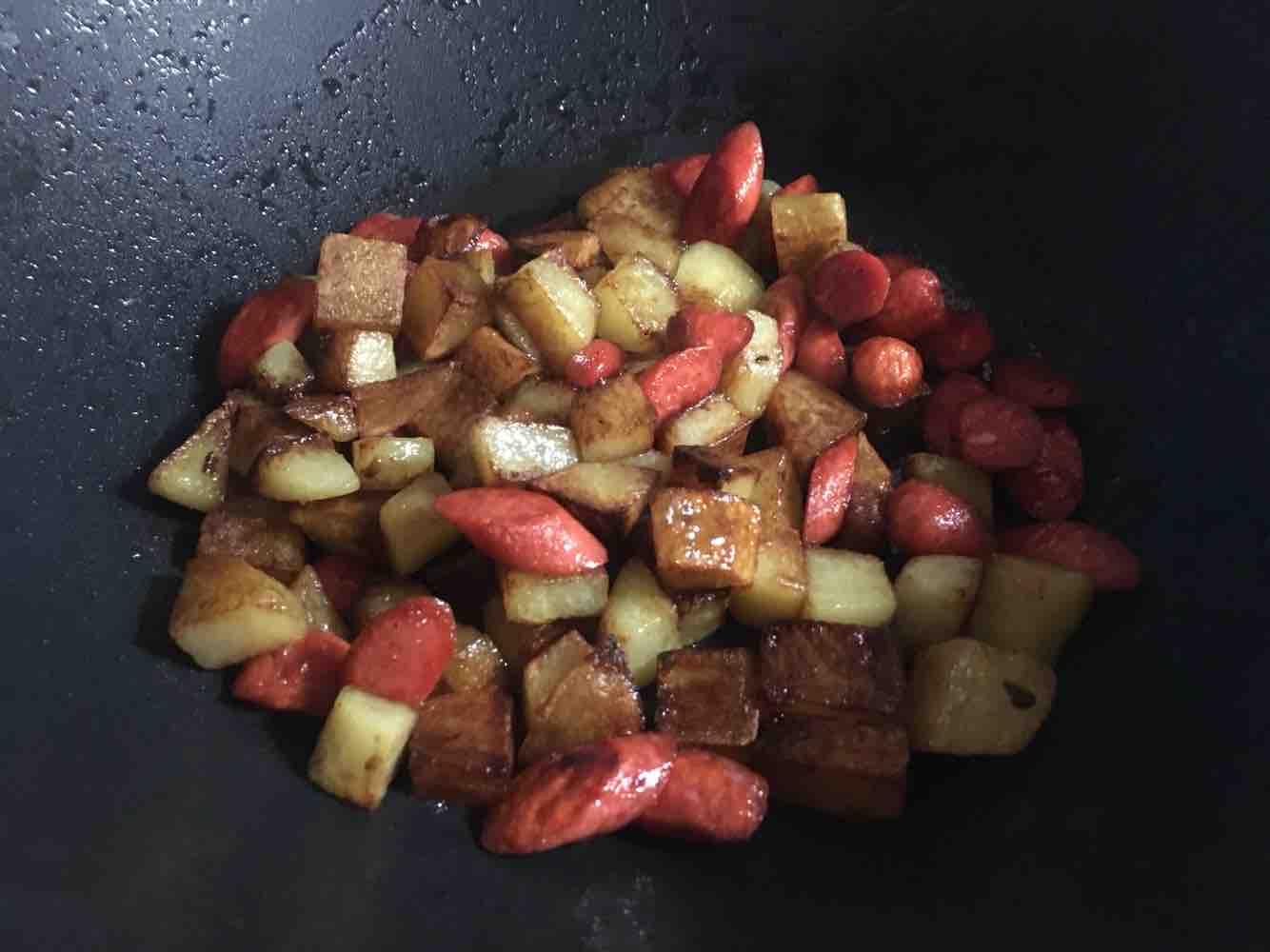 火腿土豆丁怎么炒