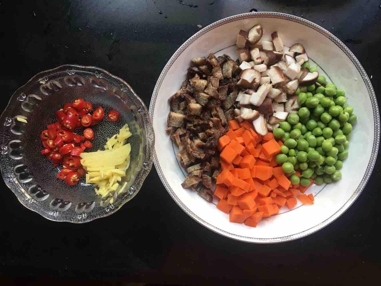 腊牛肉焖饭的做法图解