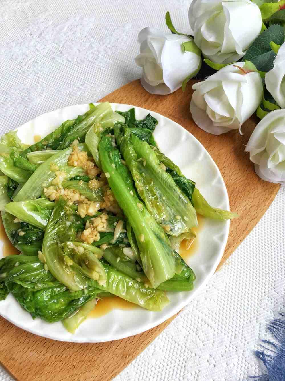 蚝油蒜泥生菜成品图