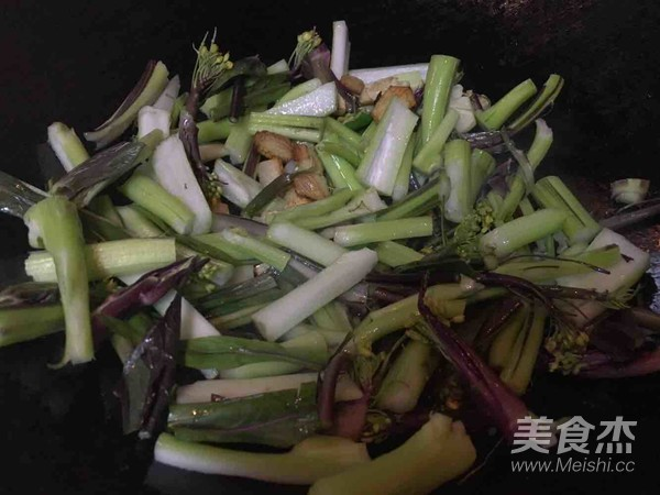 猪油渣红菜苔怎么做