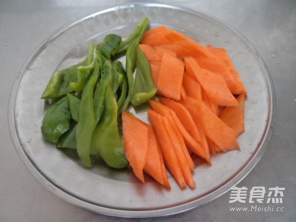 焖子炒胡萝卜的家常做法