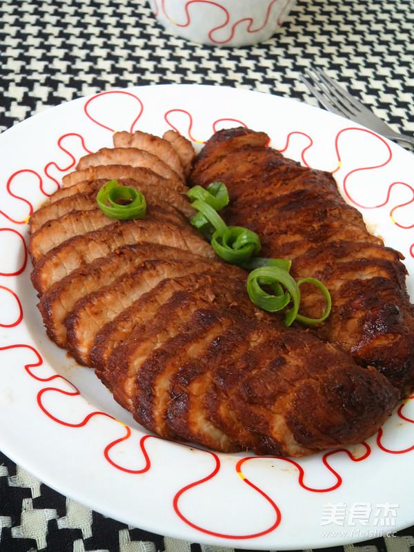 香煎猪颈肉成品图