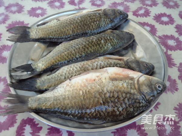 麻辣鲫鱼炖豆腐的做法大全