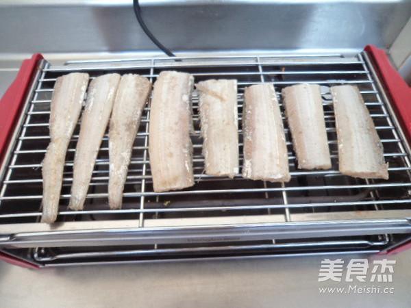 烤带鱼怎么做