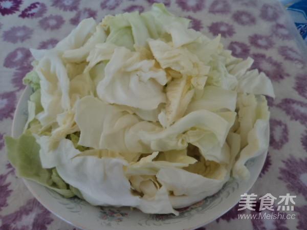 里脊肉炒圆白菜的家常做法