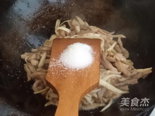 肉丝炒香菜杏鲍菇怎么煸