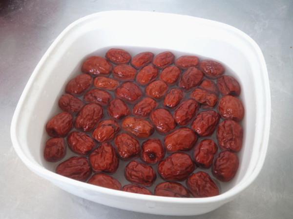 红枣白萝卜鸭骨汤的做法大全