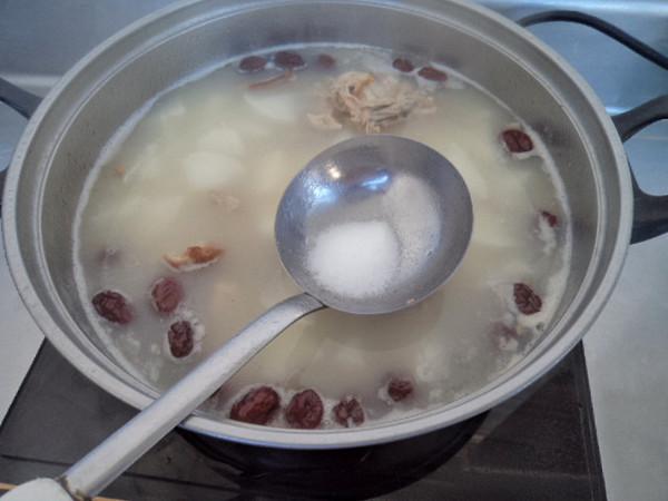 红枣白萝卜鸭骨汤怎么做