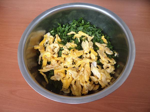 韭菜鸡蛋馅混合面蒸饺怎么煮
