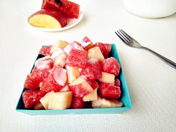 水果沙拉成品图