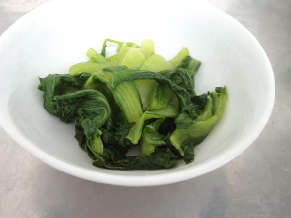 小白菜番茄挂面汤的简单做法