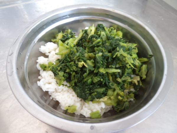 小白菜培根饭卷的简单做法