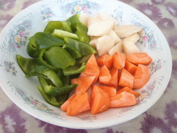 山药青椒胡萝卜的做法图解