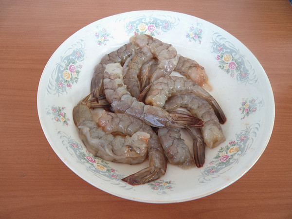 大虾烧板栗的简单做法
