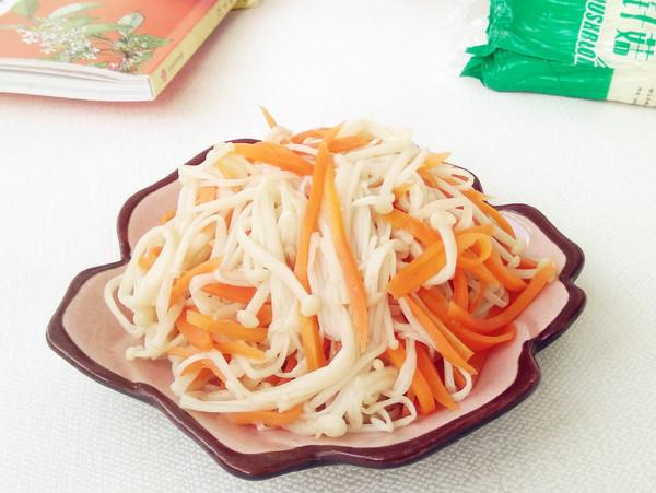 金針菇拌胡蘿卜成品圖