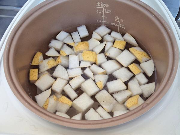 雪梨菊花冰糖饮的简单做法