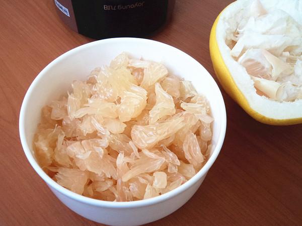 养生柚子奶昔的家常做法