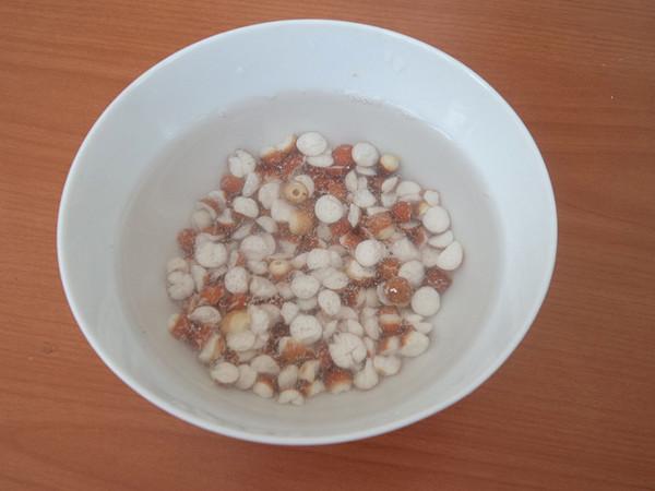 红枣芡实豆浆的做法图解