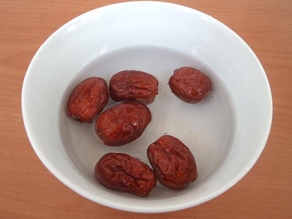 红枣芡实豆浆的家常做法