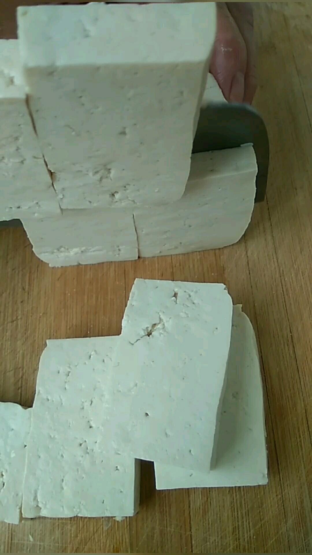 豆腐这样吃 很香的家常做法