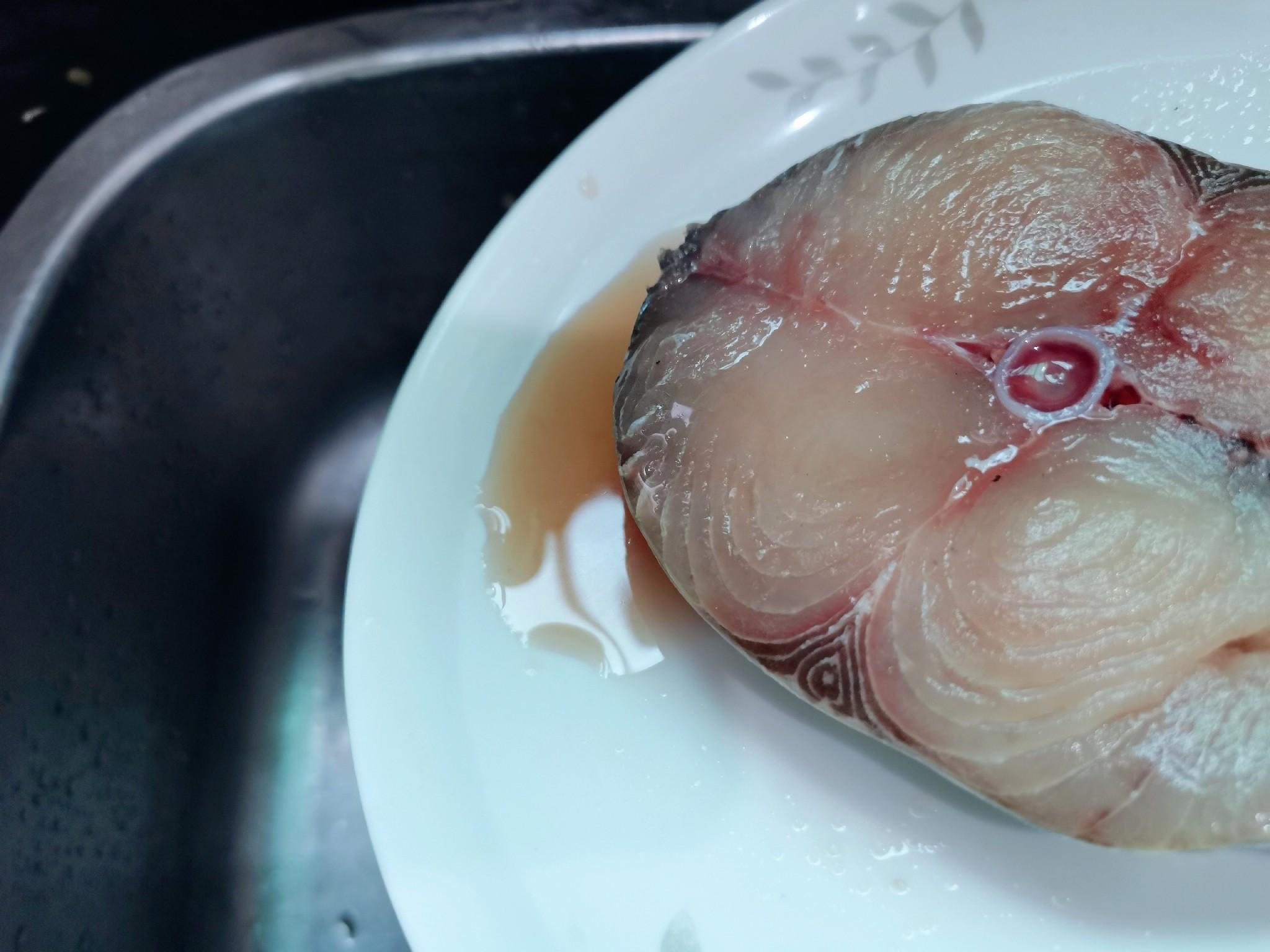 酱香清蒸鱼块怎么吃