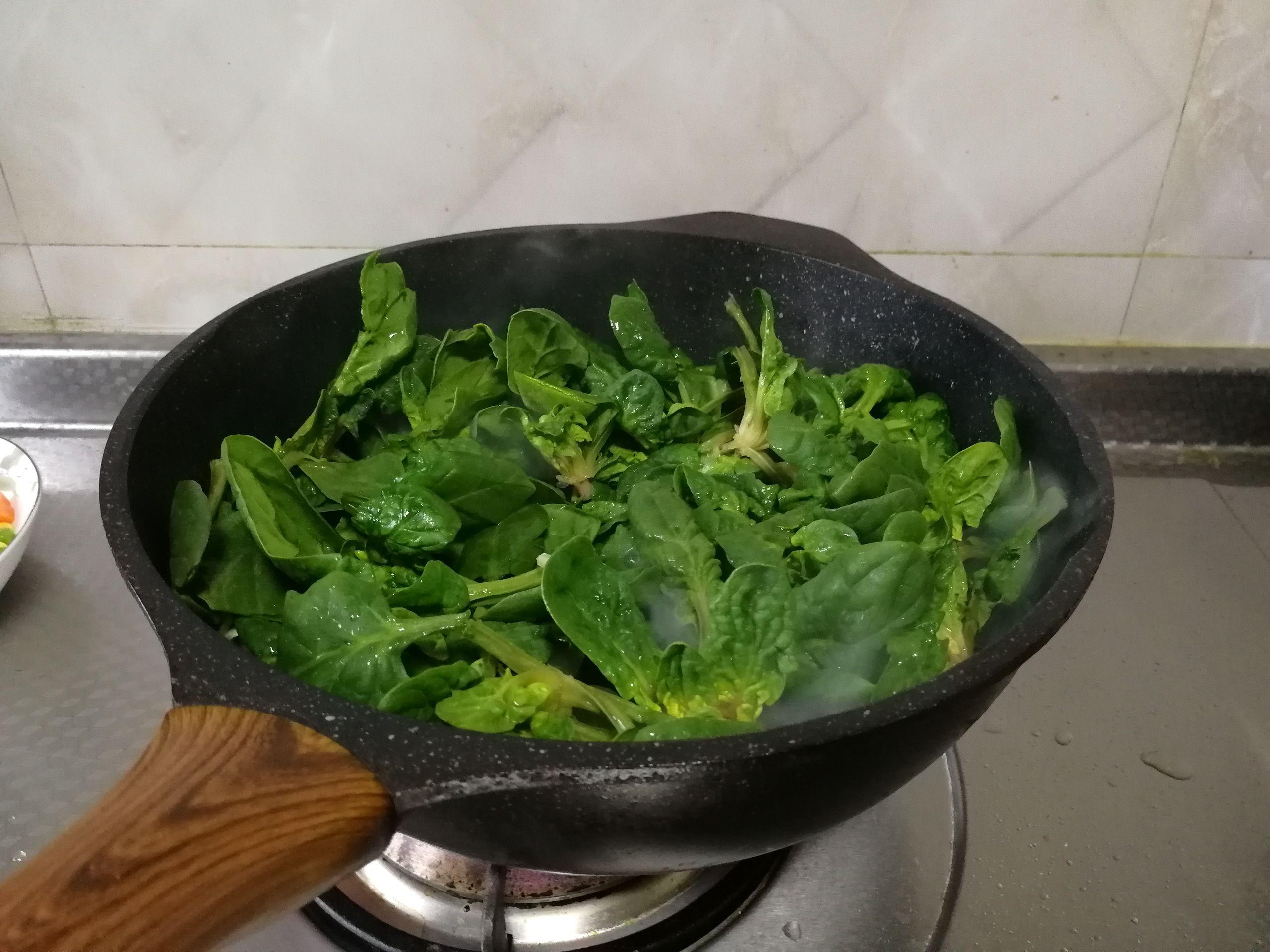 清炒菠菜的家常做法