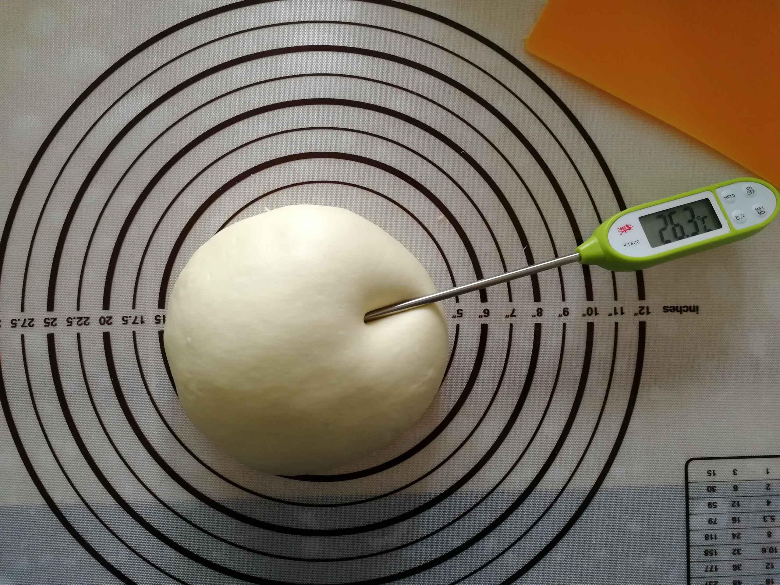 玫瑰花挤挤面包的简单做法