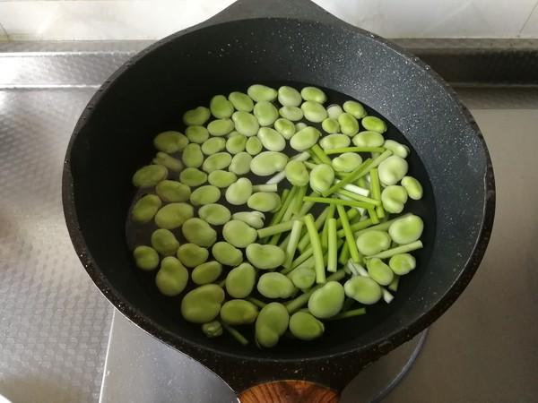 青红椒蒜苗炒蚕豆的做法大全