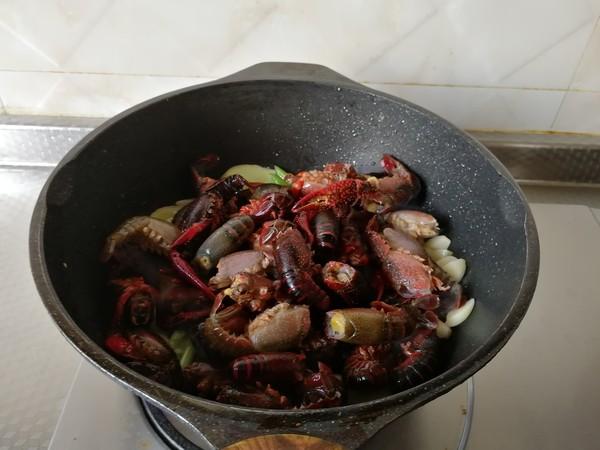 蒜香麻辣小龙虾的家常做法