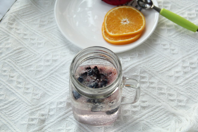 界界乐橙橙莓果气泡饮的家常做法