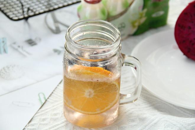 界界乐橙橙莓果气泡饮的简单做法