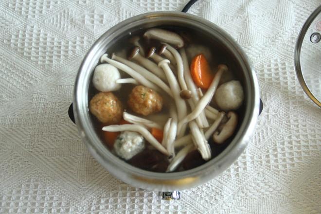 菌菇小火锅的简单做法