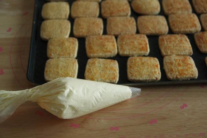 奶酪夹心椰蓉酥怎样炒
