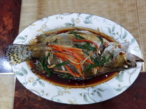 油淋鳜鱼怎么做