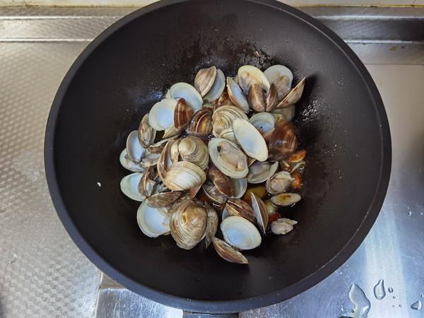 酱炒蛤蜊怎么做
