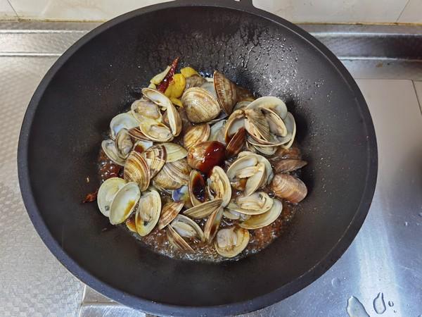 酱炒蛤蜊怎么炒