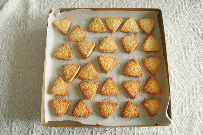 微甜不腻的椰蓉三角酥怎样煮