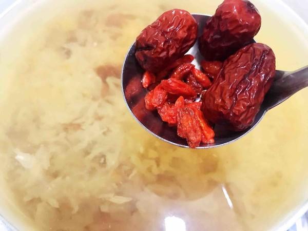 秋季润燥——银耳桃胶皂角米羹怎么炒