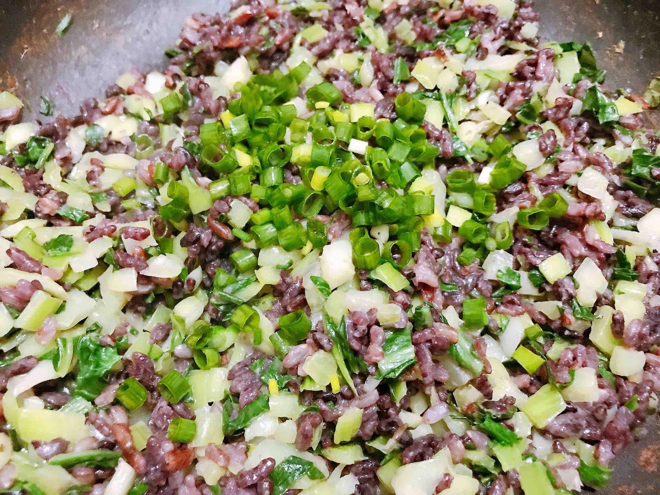 花生酱青菜糙米炒饭怎么炒