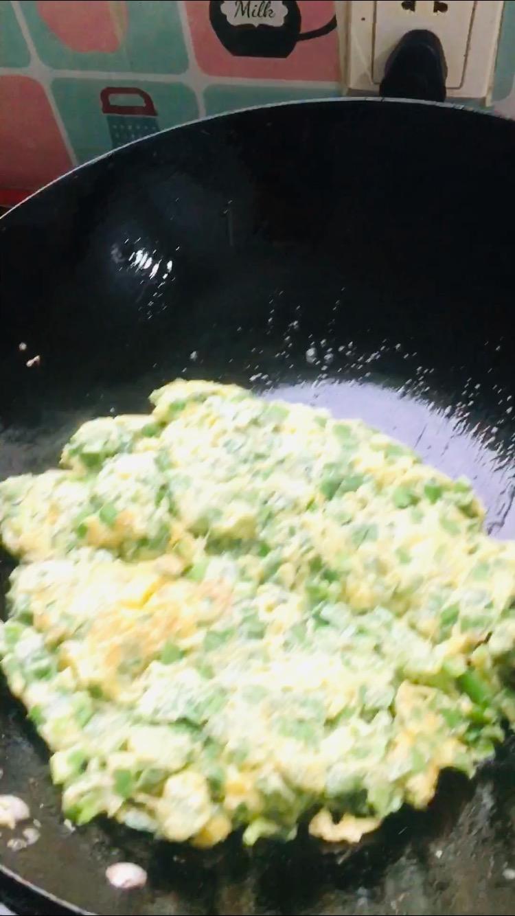 原汁原味韭菜炒鸡蛋的家常做法