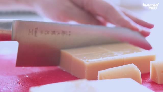 老北京小吃豌豆黄怎样煸
