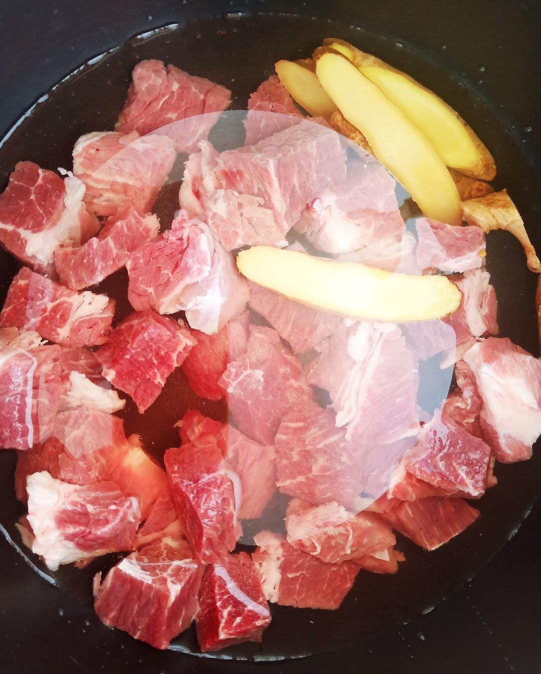 鲜香牛肉汤的家常做法
