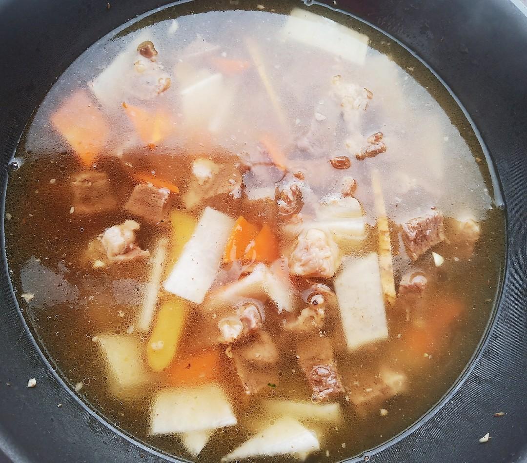 鲜香牛肉汤怎么煸