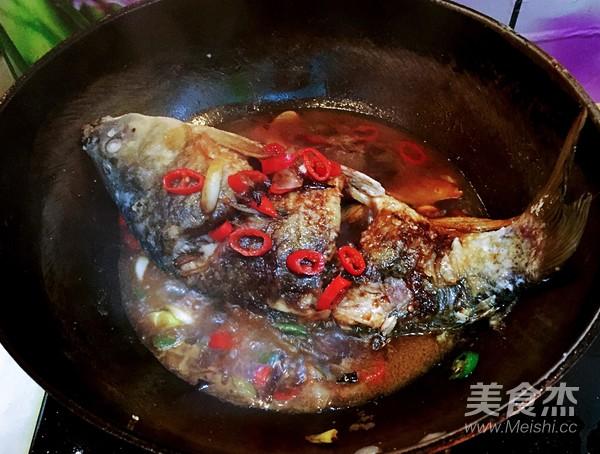 红烧鲤鱼怎么炒