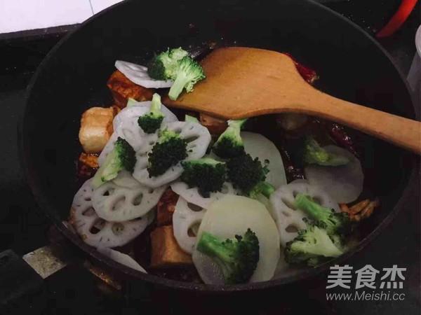 海鲜麻辣香锅怎么炖