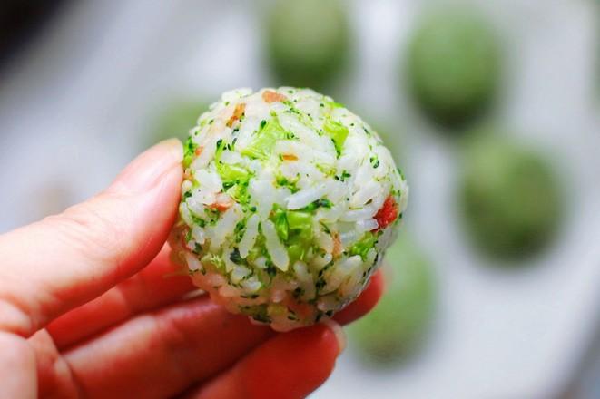 西兰花胚芽米饭团怎样炒